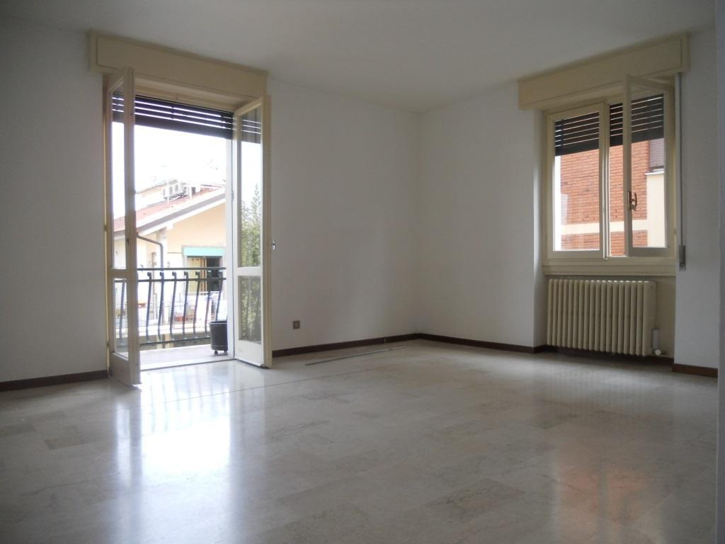 Appartamento in vendita a Chiari, 5 locali, prezzo € 100.000 | Cambio Casa.it