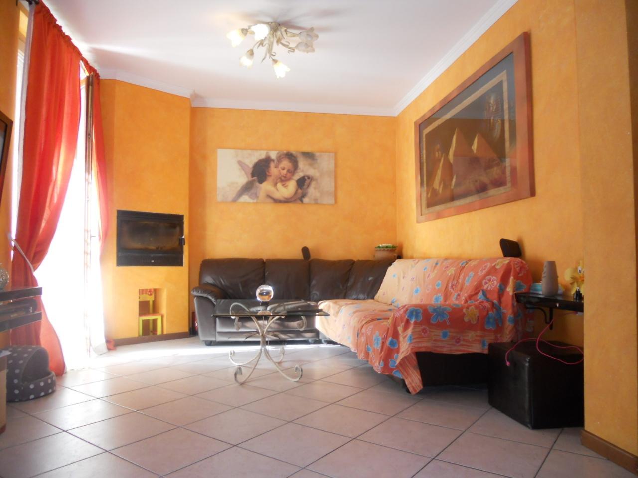 Appartamento in vendita a Rovato, 4 locali, prezzo € 155.000 | Cambio Casa.it