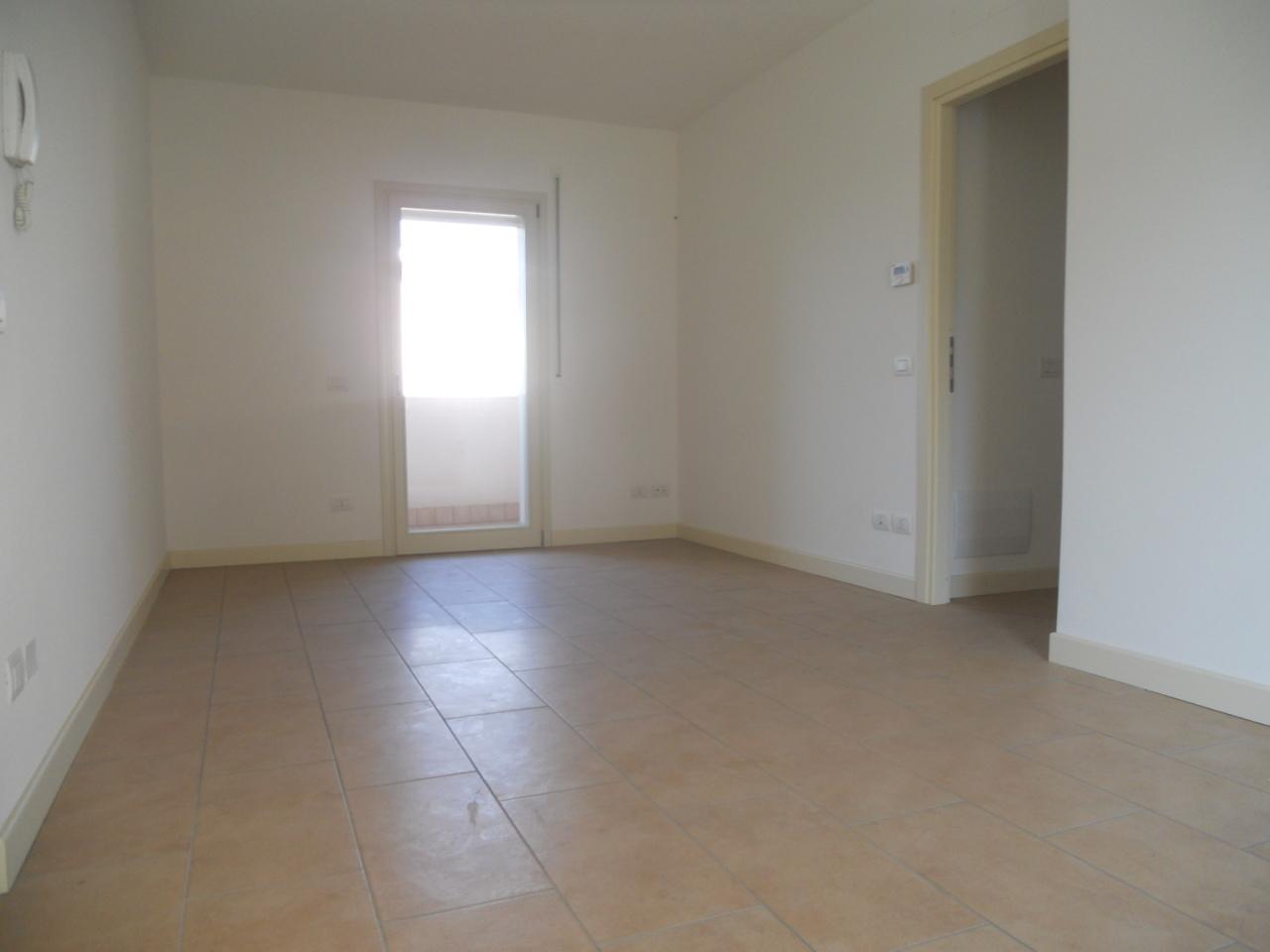Appartamento in affitto a Chiari, 3 locali, prezzo € 300 | Cambio Casa.it