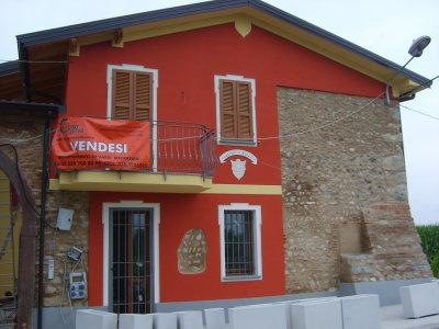 Appartamento in vendita a Rovato, 3 locali, prezzo € 59.000 | Cambio Casa.it