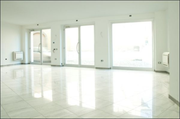 Negozio / Locale in affitto a Rovato, 1 locali, prezzo € 1.700 | Cambio Casa.it