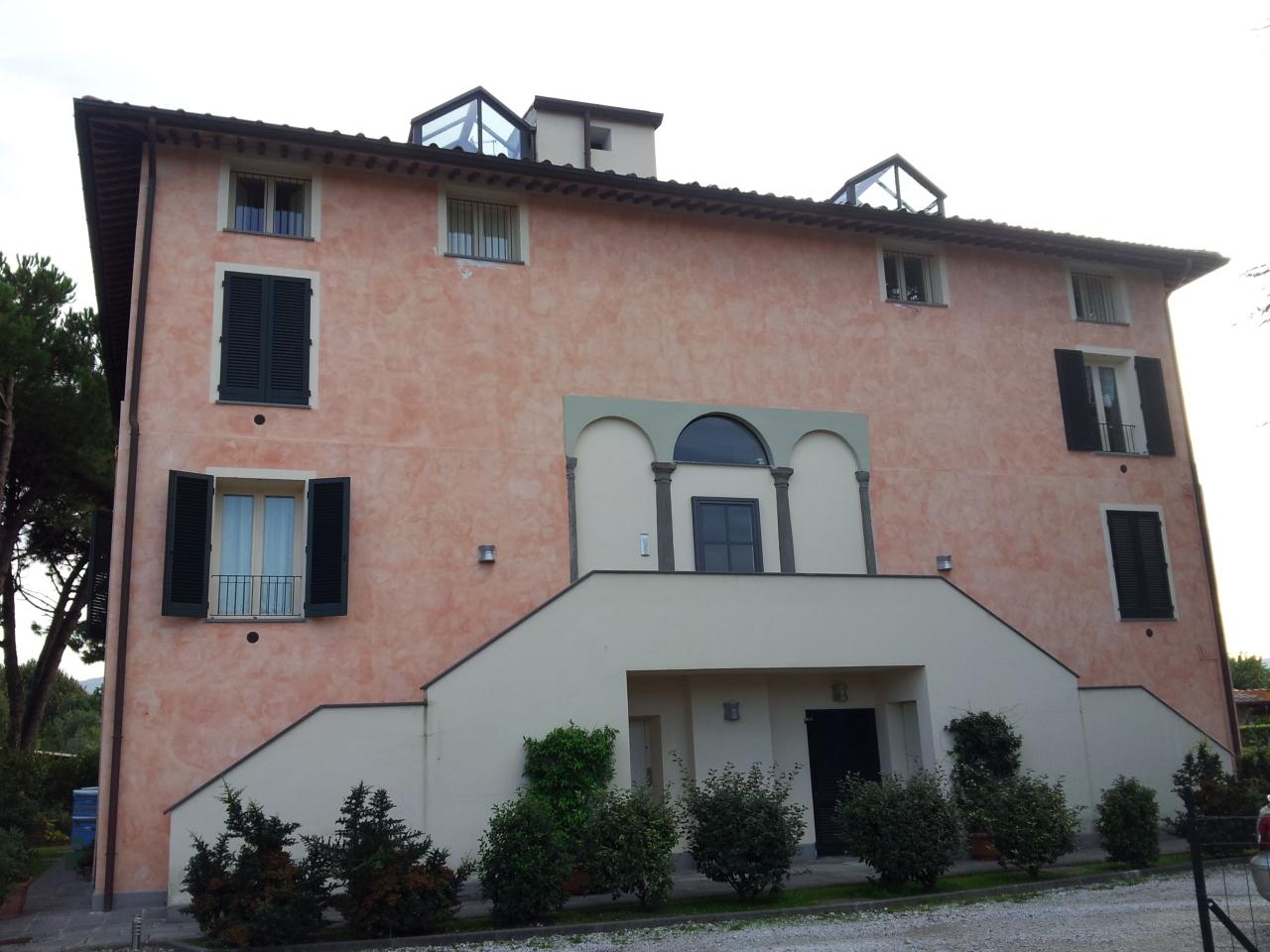 Attico / Mansarda in vendita a Lucca, 3 locali, prezzo € 200.000 | Cambio Casa.it