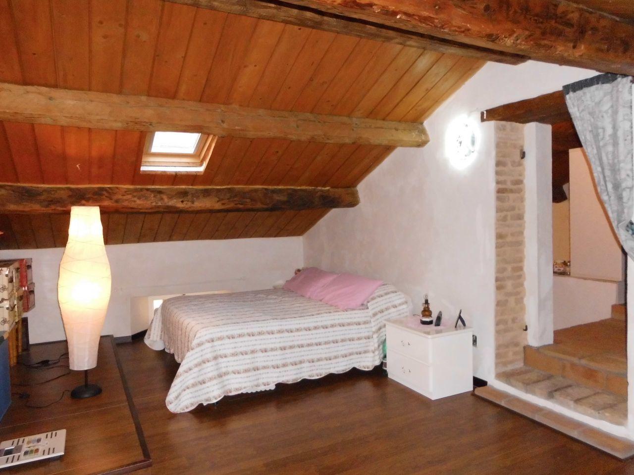 Soluzione Indipendente in vendita a Monsano, 5 locali, prezzo € 175.000 | Cambio Casa.it