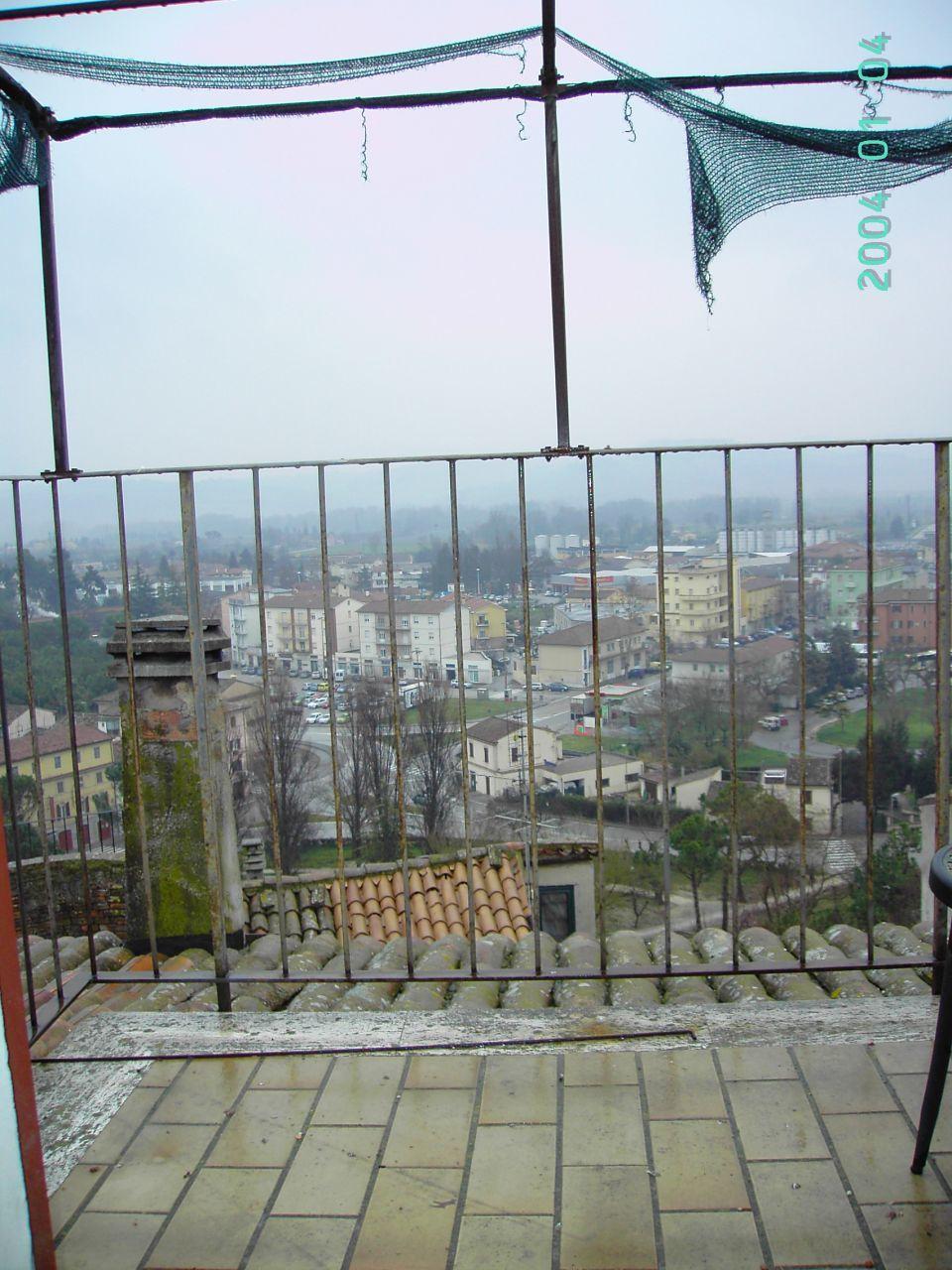 Appartamento in vendita a Jesi, 5 locali, prezzo € 150.000 | Cambio Casa.it