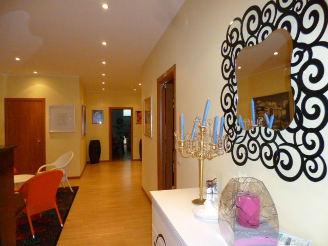 Appartamento in vendita a Jesi, 7 locali, Trattative riservate | Cambio Casa.it