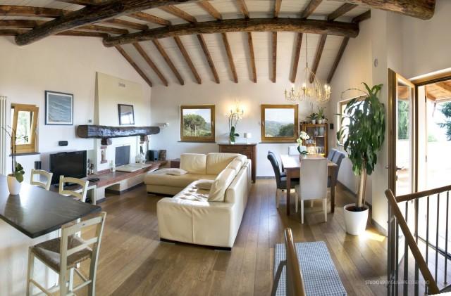 Casa Evelina 09.jpg