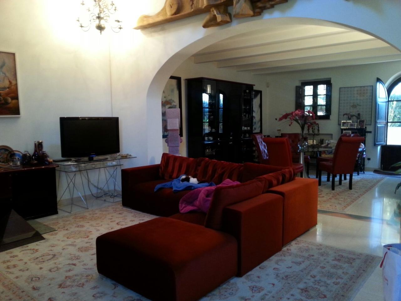 Rustico / Casale in vendita a Pisa, 10 locali, prezzo € 590.000 | Cambio Casa.it
