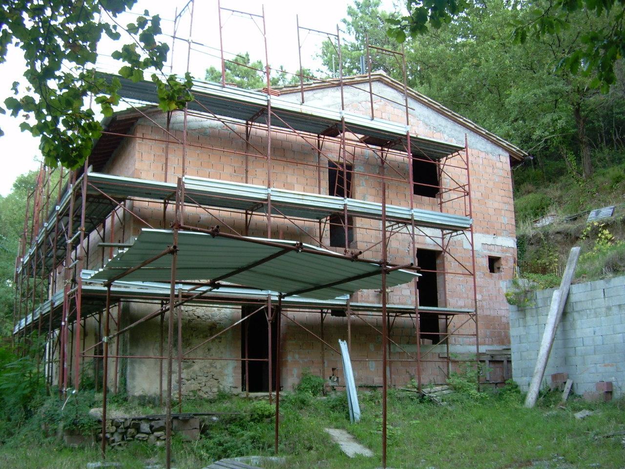 Rustico / Casale in vendita a Vicopisano, 6 locali, prezzo € 350.000 | Cambio Casa.it
