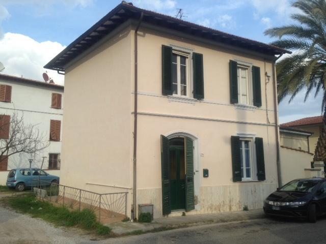 Villa in vendita a Pisa, 4 locali, prezzo € 200.000   Cambio Casa.it