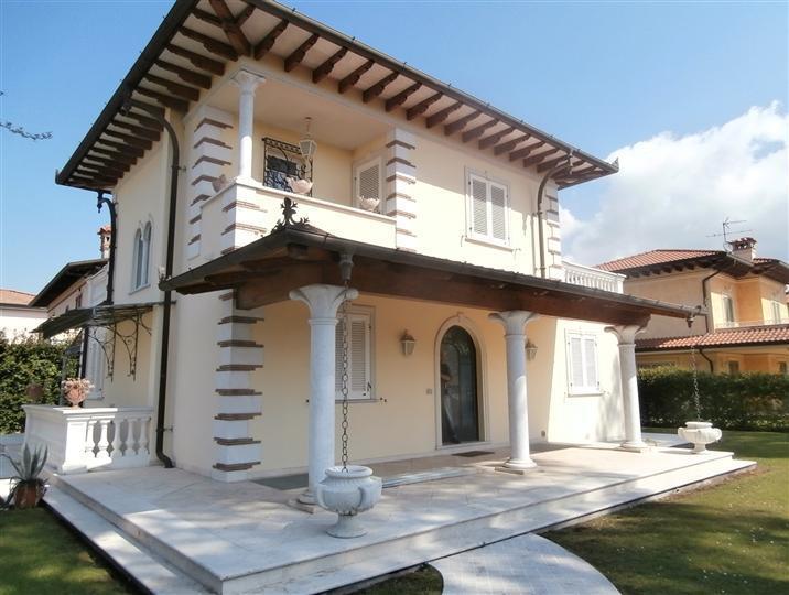 Villa singola in vendita a Marina Di Pietrasanta, Pietrasanta (LU)