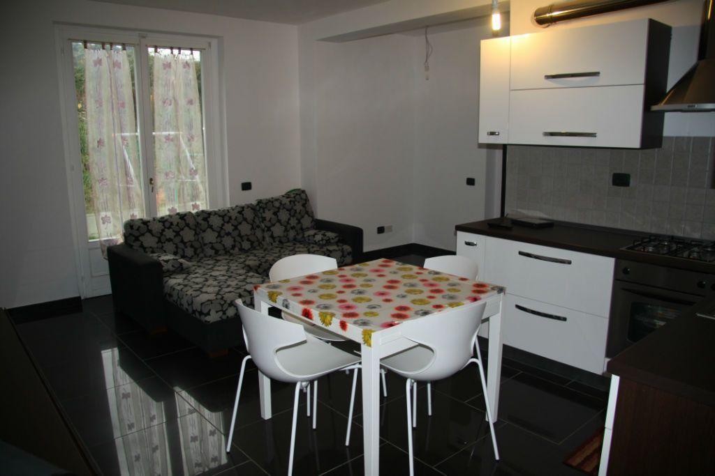 Casa semindipendente in vendita, rif. 100467