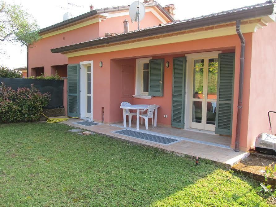 Villa a Schiera in Vendita a Castelnuovo Magra
