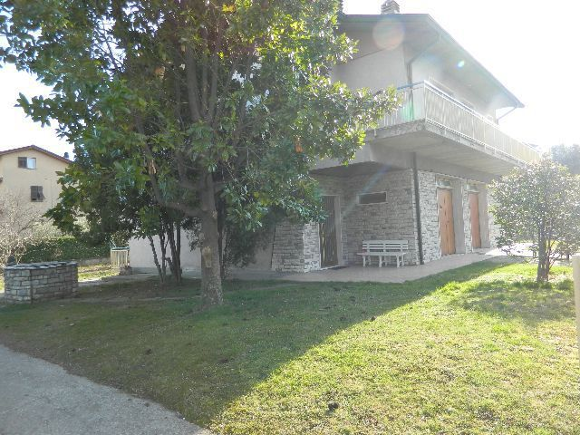 Casa semindipendente in vendita, rif. 77201