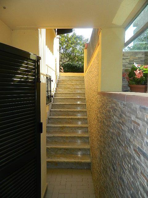 Casa semindipendente in vendita, rif. 104384