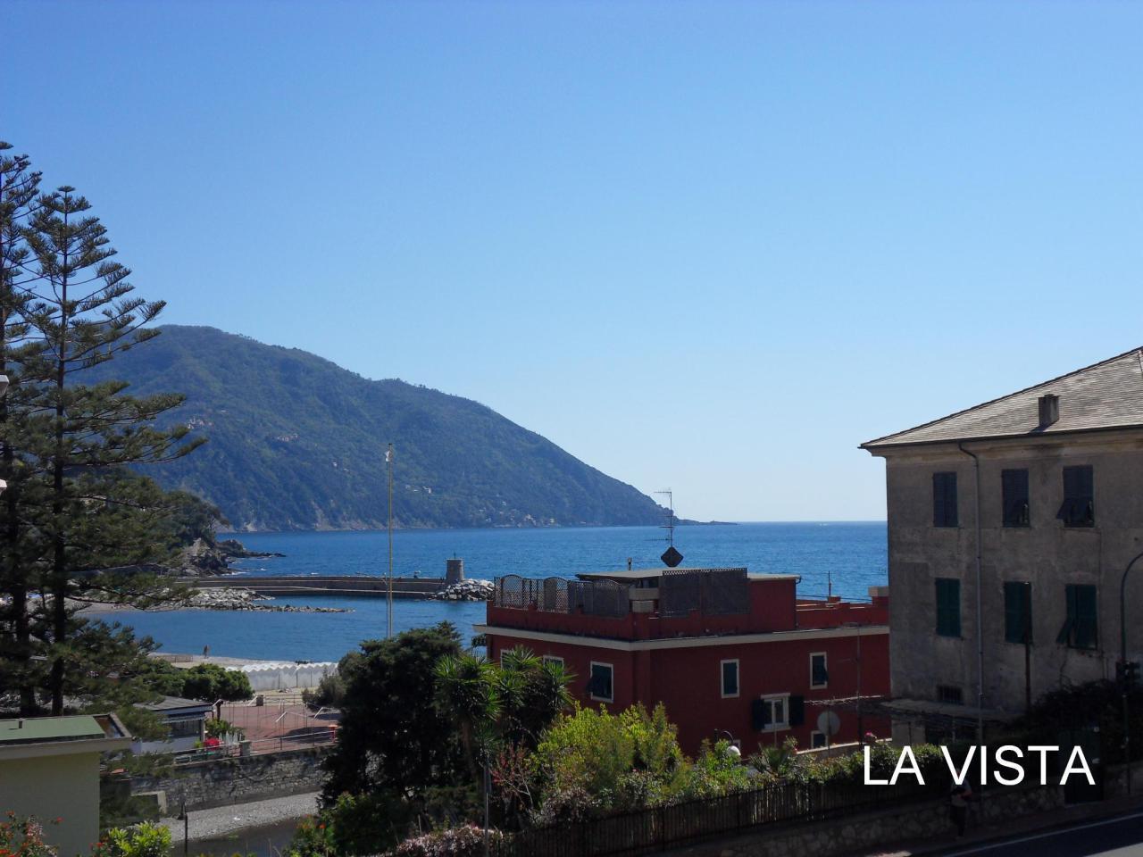Appartamento in vendita a Recco, 3 locali, prezzo € 250.000 | Cambio Casa.it