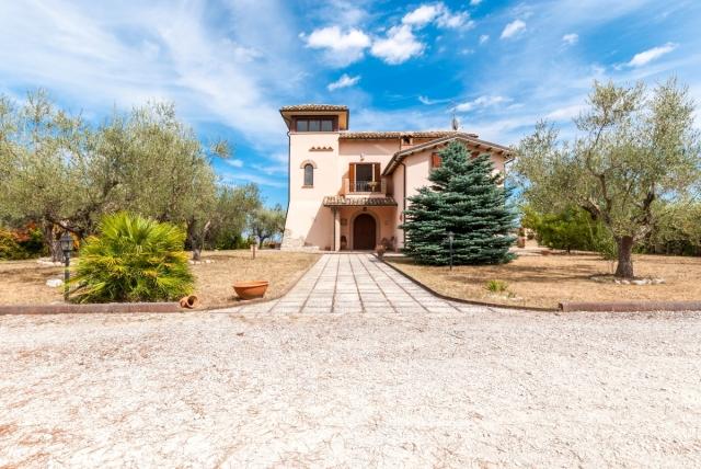 rif.EL679 - Villa Grazia
