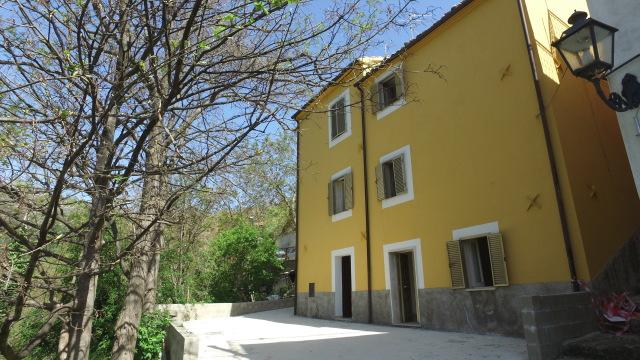 rif.AR458 Casa Borgo