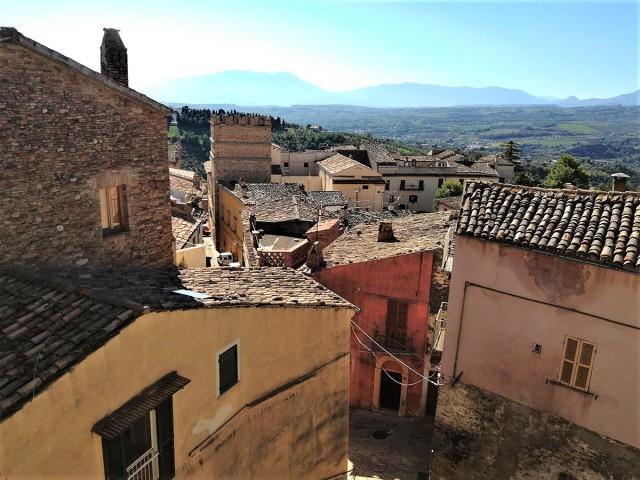 rif.EL783 - Casa Mattone
