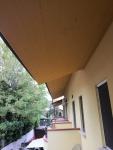 esterno part. tetto.jpg
