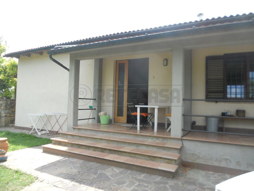 Villa a Schiera in Vendita a Colle di Val d'Elsa