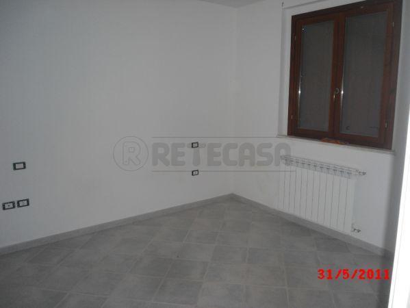 Appartamento in vendita a Casole d'Elsa, 3 locali, prezzo € 130.000 | Cambio Casa.it