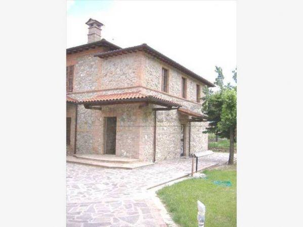 Villa in vendita a Sovicille, 16 locali, prezzo € 900.000 | Cambio Casa.it