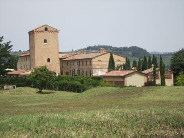 Rustico / Casale in vendita a Poggibonsi, 7 locali, Trattative riservate | Cambio Casa.it