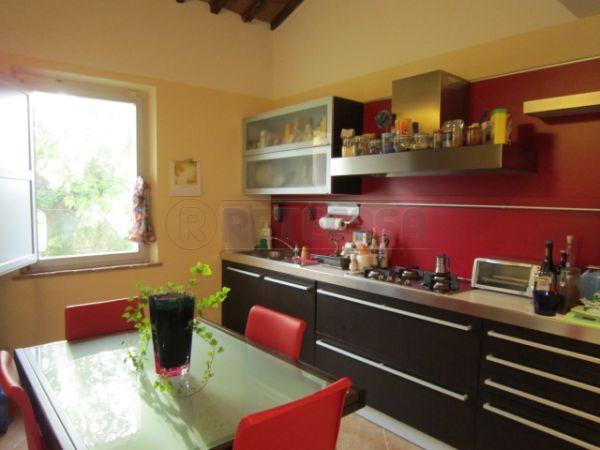 Soluzione Semindipendente in vendita a Castelnuovo Berardenga, 4 locali, prezzo € 340.000   Cambio Casa.it