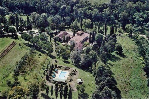 Rustico / Casale in vendita a Barberino Val d'Elsa, 20 locali, Trattative riservate | Cambio Casa.it