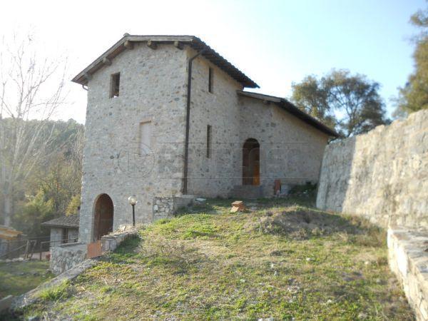 Rustico / Casale in vendita a Castelnuovo Berardenga, 10 locali, prezzo € 310.000 | Cambio Casa.it