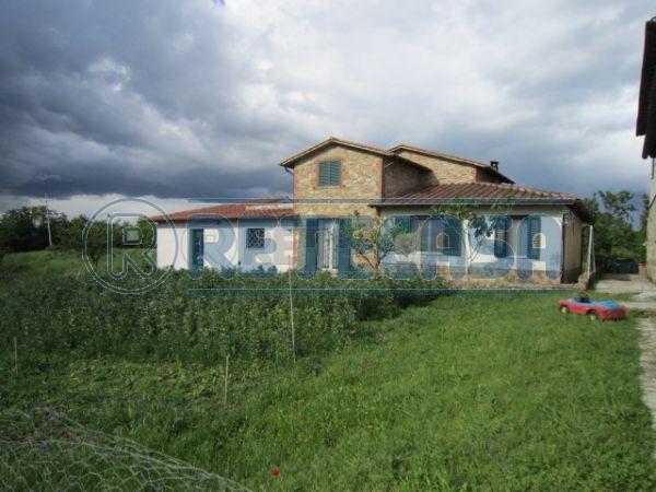 Azienda Agricola in vendita a Asciano, 18 locali, prezzo € 1.250.000   Cambio Casa.it