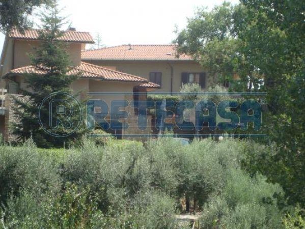Villa in Vendita a Casale Marittimo