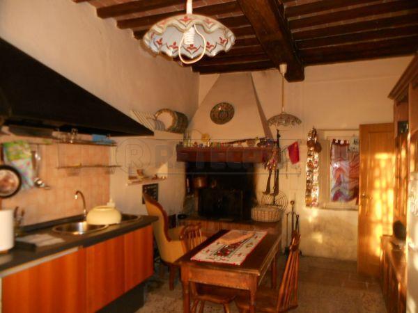 Rustico / Casale in vendita a Monticiano, 5 locali, prezzo € 185.000 | Cambio Casa.it