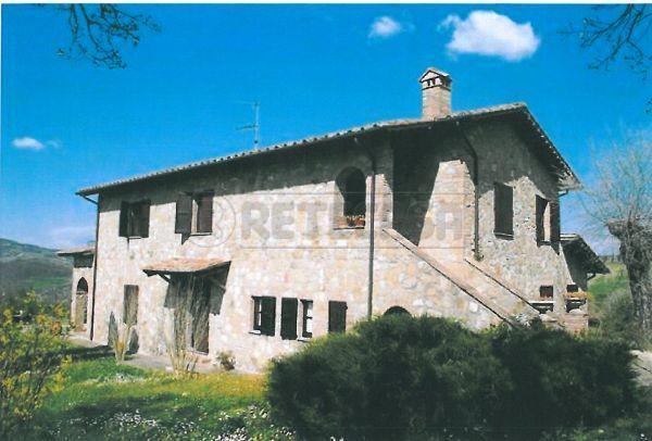 Rustico / Casale in Vendita a San Quirico d'Orcia