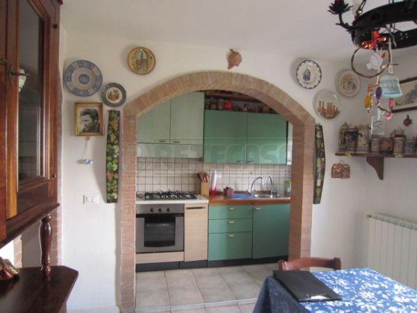 Appartamento in vendita a Sovicille, 4 locali, prezzo € 160.000 | Cambio Casa.it