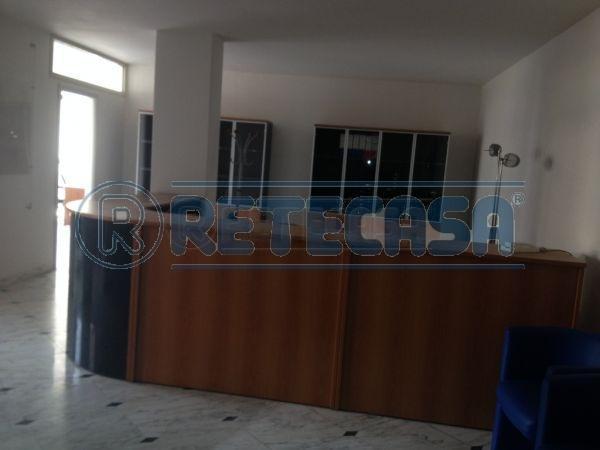Ufficio / Studio in affitto a Perugia, 4 locali, Trattative riservate | Cambio Casa.it