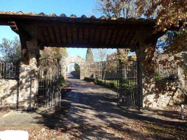 Villa in vendita a Monticiano, 18 locali, prezzo € 1.500.000 | Cambio Casa.it