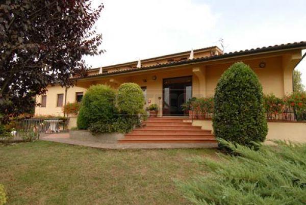Soluzione Indipendente in vendita a San Gimignano, 25 locali, prezzo € 4.500.000 | Cambio Casa.it