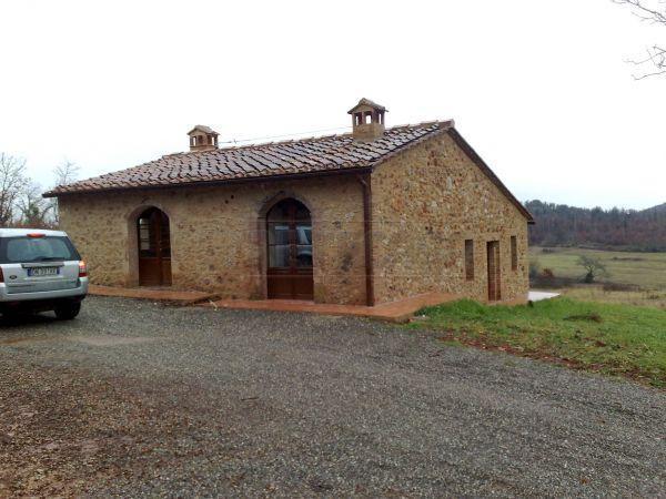 Rustico / Casale in vendita a Monteriggioni, 4 locali, prezzo € 450.000 | Cambio Casa.it