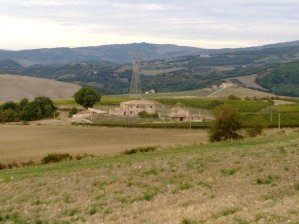 Rustico / Casale in Vendita a Castel del Piano