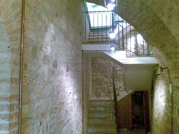 Negozio / Locale in affitto a Perugia, 9999 locali, prezzo € 1.200 | Cambio Casa.it