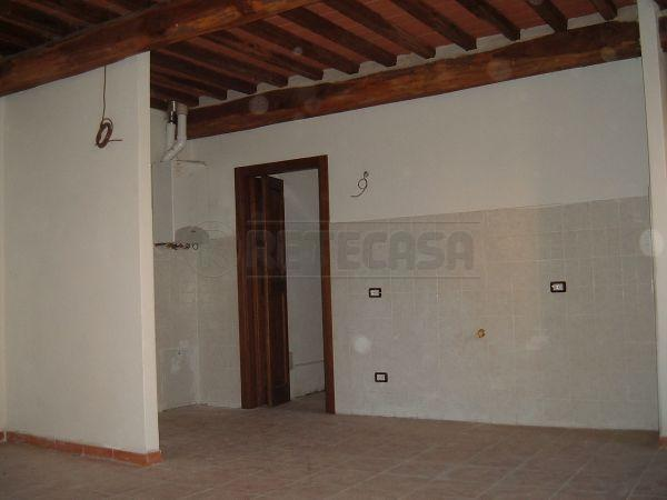 Rustico / Casale in vendita a Castelnuovo Berardenga, 4 locali, prezzo € 310.000 | Cambio Casa.it
