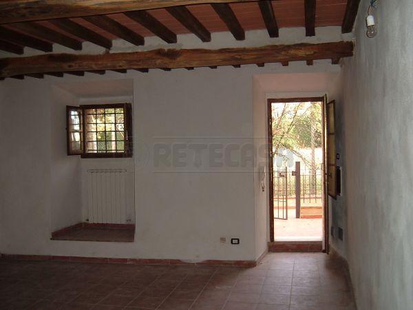 Rustico / Casale in vendita a Castelnuovo Berardenga, 4 locali, prezzo € 300.000 | Cambio Casa.it