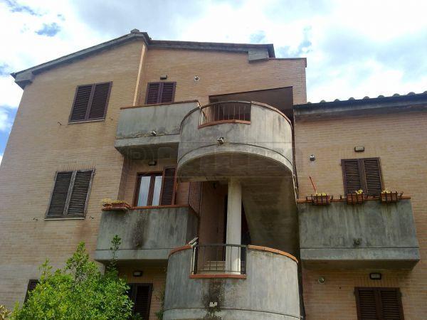 Appartamento in vendita a Sovicille, 5 locali, prezzo € 280.000 | Cambio Casa.it