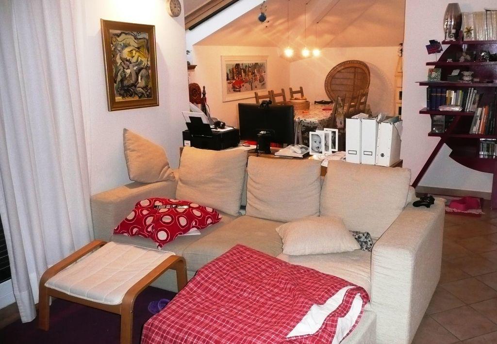 Appartamento in vendita a Casarza Ligure, 4 locali, prezzo € 290.000 | Cambiocasa.it