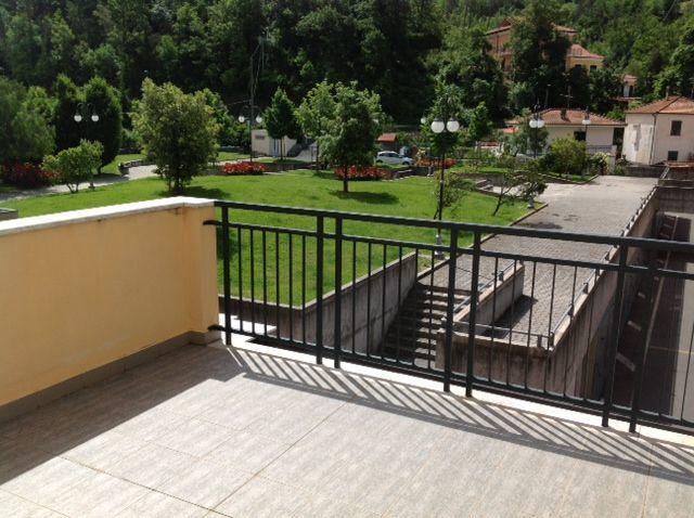 Appartamento in vendita a Casarza Ligure, 6 locali, prezzo € 300.000 | Cambiocasa.it
