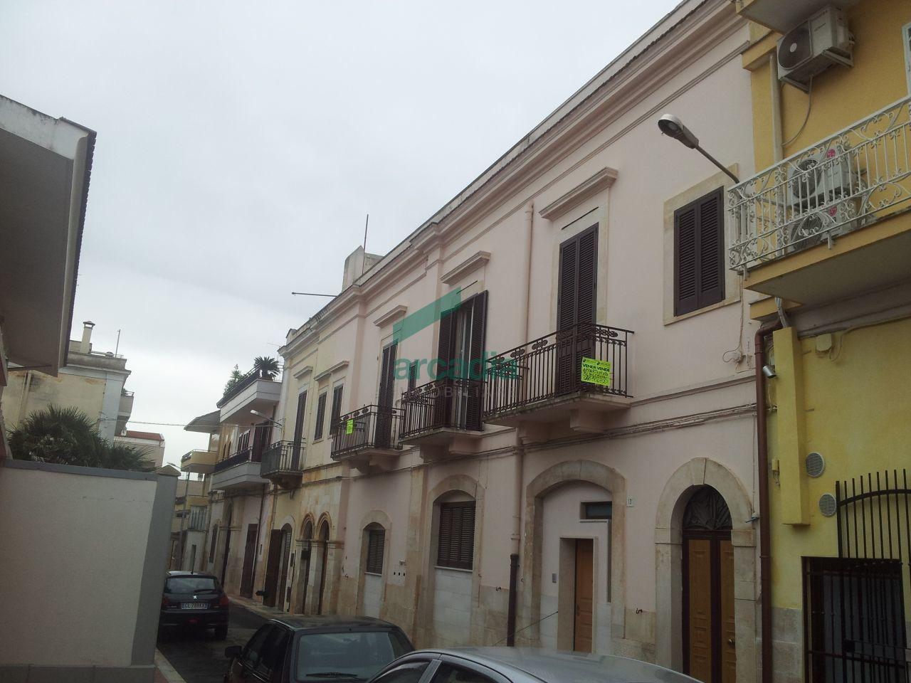 Appartamento in vendita a Palo del Colle, 3 locali, prezzo € 160.000 | Cambiocasa.it