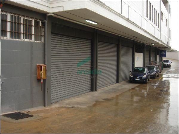 Affitto capannone/magazzino Bari