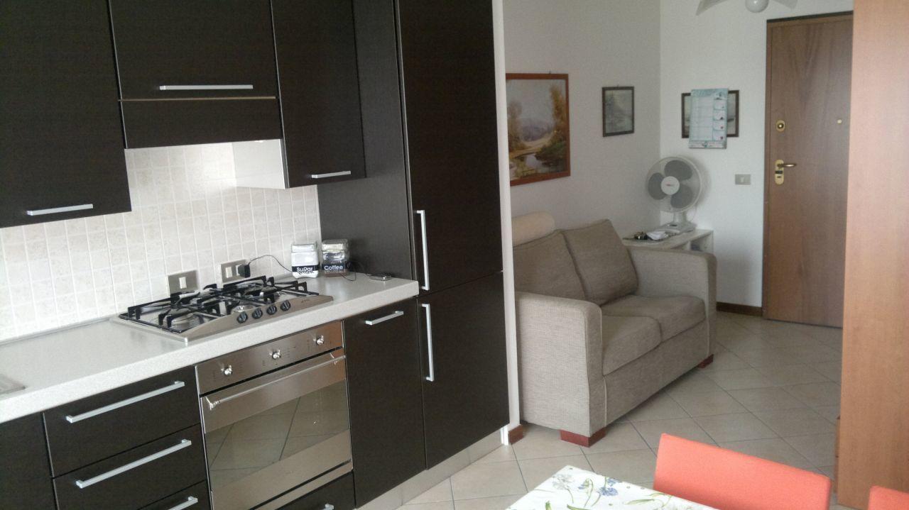 Appartamento in vendita a Torrile, 2 locali, prezzo € 75.000 | Cambio Casa.it