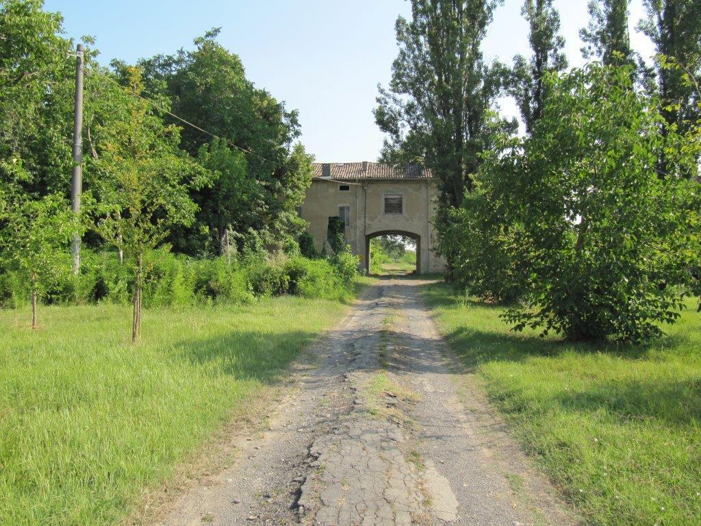 Rustico / Casale in vendita a Parma, 20 locali, prezzo € 520.000 | Cambio Casa.it